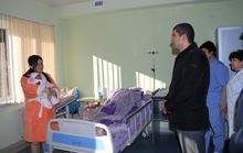 Ամանորյա նվերներ՝  Կապանի բժշկական կենտրոնում  ծնված նորածիններին