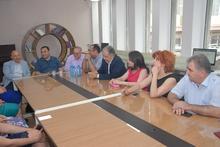 Սյունիքի մարզպետ Կարեն Համբարձումյանի և Կապանի մշակութային գործիչների հանդիպումը էլեկտրոնային գրադարանում